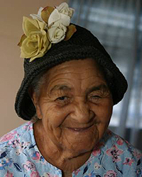 Miss Mable Wilson of Salt Cay - photo by Michele McNair - all rights reserved.